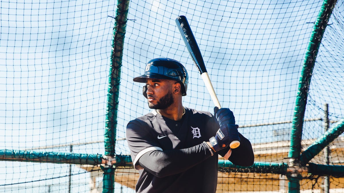 With grace, versatility and swagger, Goodrum still a 'real dude' for Tigers 2