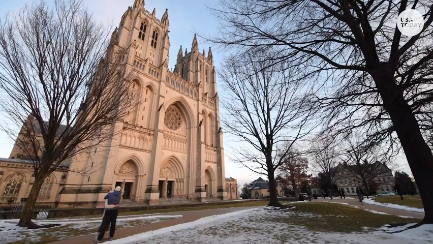 Washington DC National Cathedral sounds 500 times for COVID-19 victims