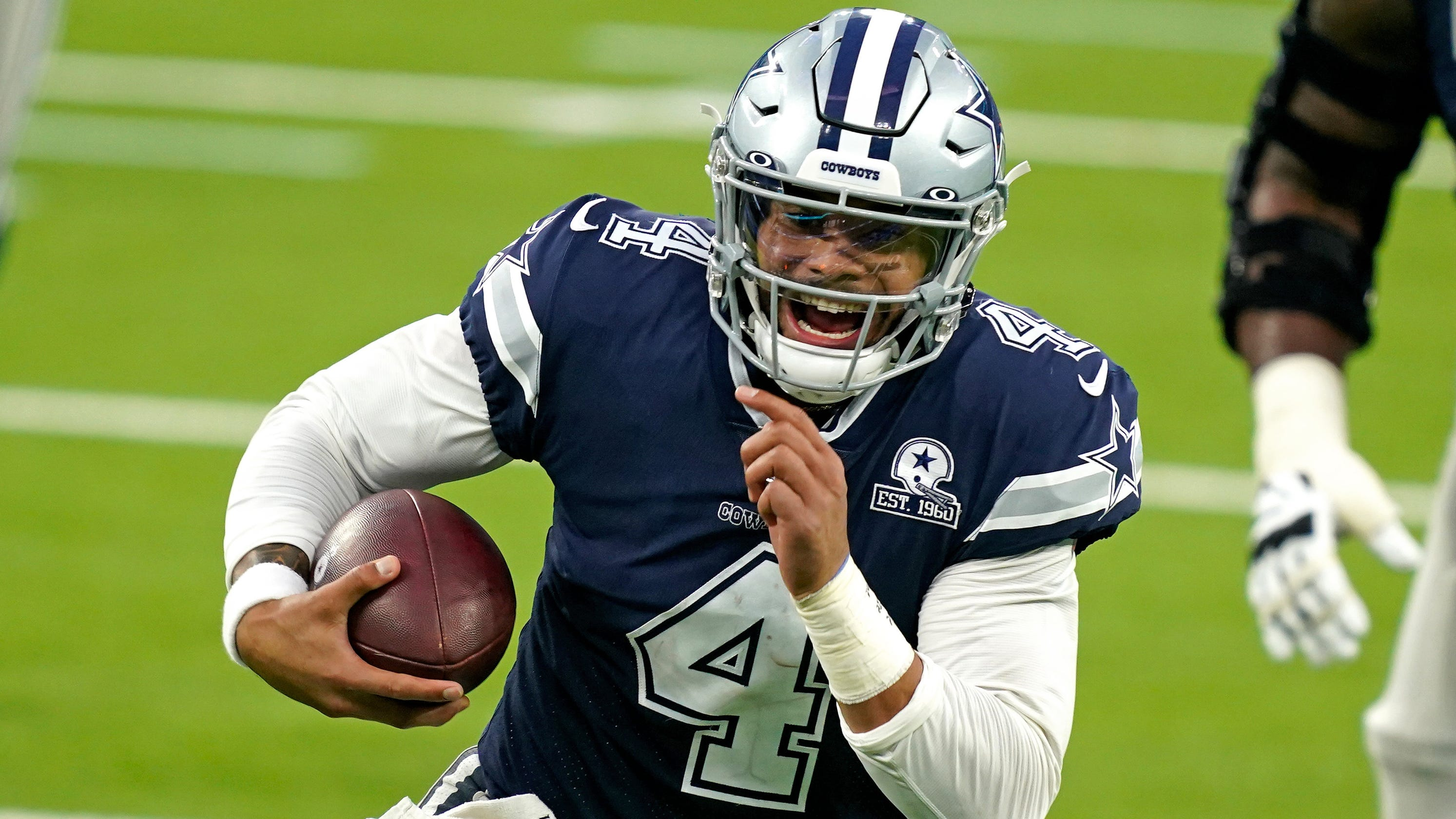 Dak Prescott, Dallas Cowboys agree to terms on four-year, $160 million contract