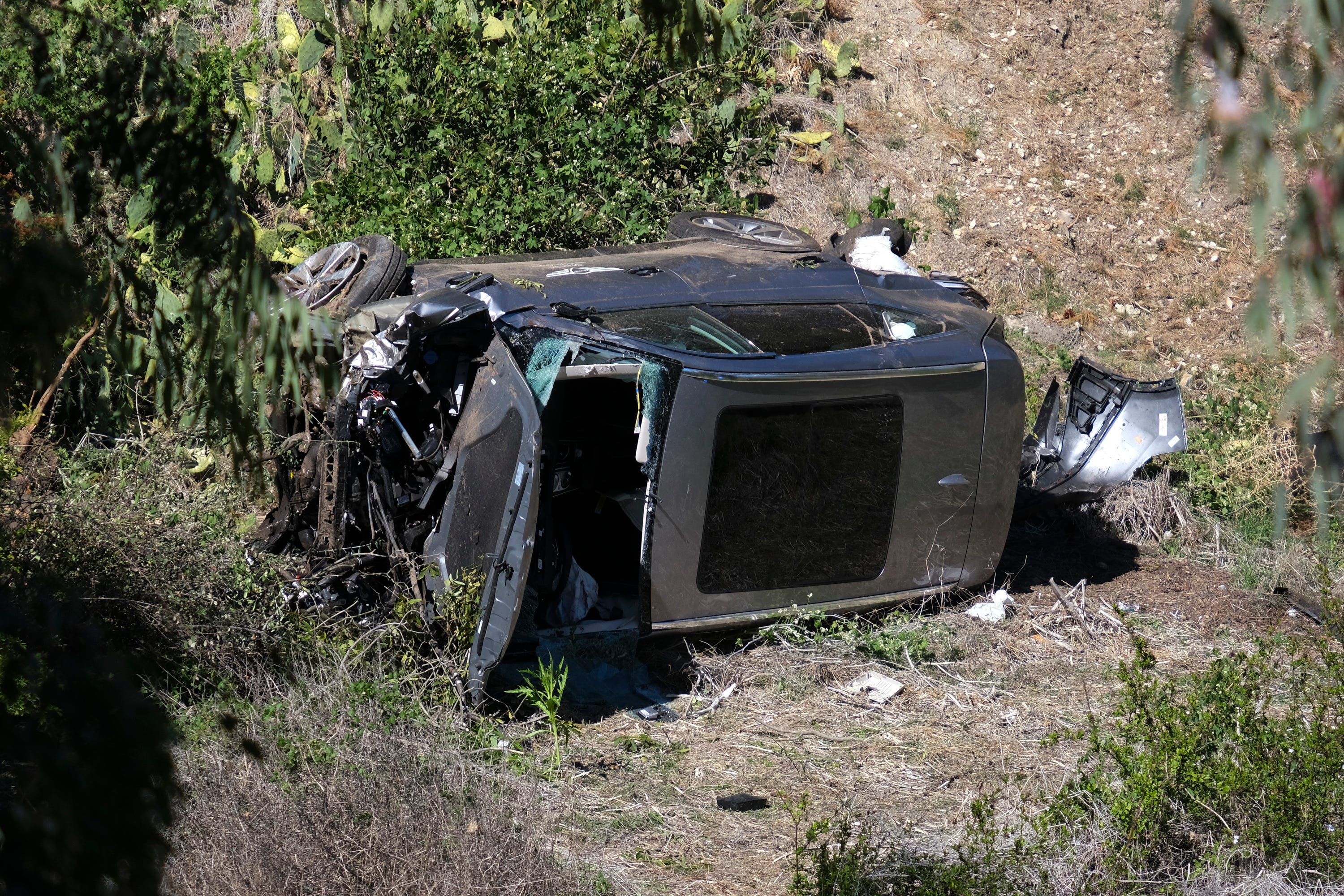 Tiger Woods accident: Photos from the scene of Woods' single-car crash