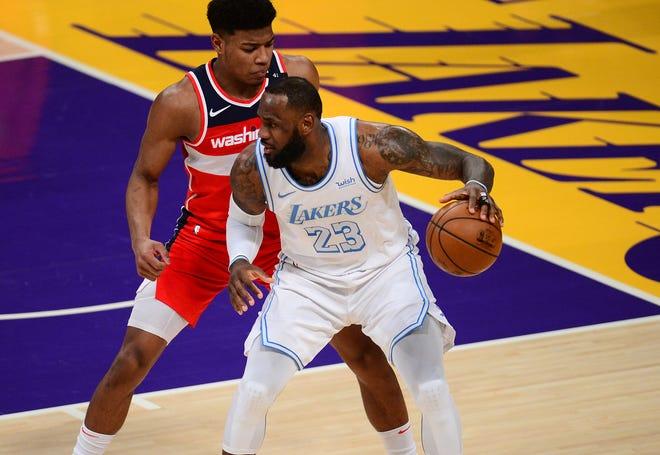 LeBron James et les Lakers sont à égalité au deuxième rang de la Conférence Ouest malgré la défaite de quatre de leurs cinq derniers matchs.