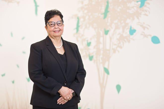 Dr. Olivia Thomas
