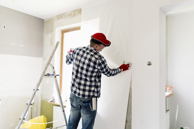 Picking the right home construction professional can really help make any project go more smoothly.