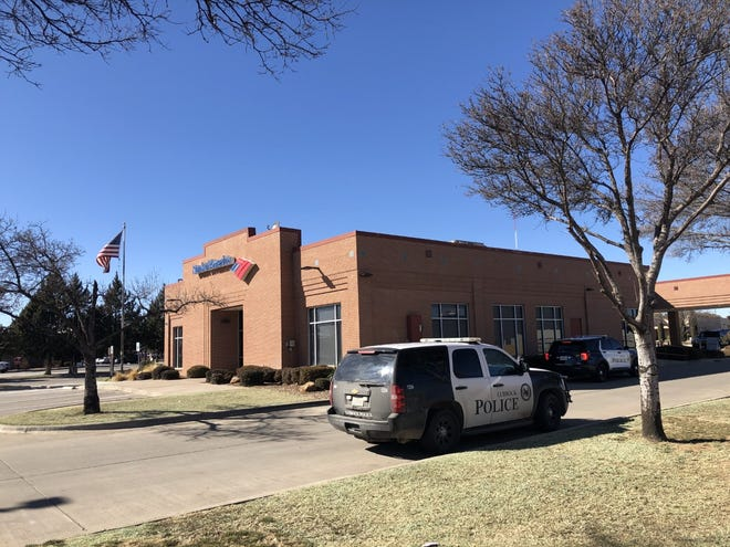 Lubbock police responded to a bank robbery early Wednesday afternoon at Bank of America at 82nd Street and Slide Road.