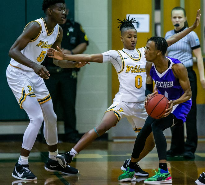Fletcher guard Zyhir Sims (1), pictured in action against Ocala Forest in the FHSAA playoffs, is scheduled to compete in this weekend's FACA All-Star Classic for basketball.