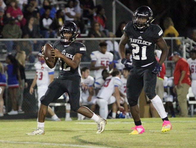 Havelock expects to grow even more on offense behind returning starters Aaron Frazier (12) and Kamarro Edmonds (21). [Gray Whitley / Sun Journal]