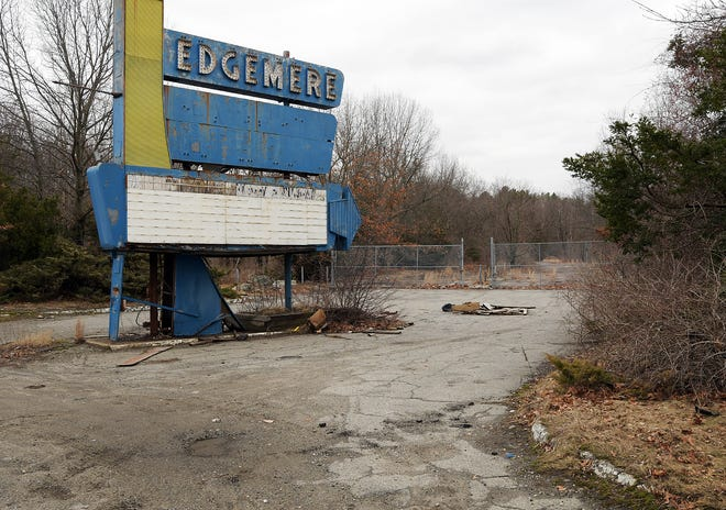 The sign still stands at the entrance of the long-vacant Edgemere Drive-In on Route 20 in Shrewsbury in a 2017 file photo.