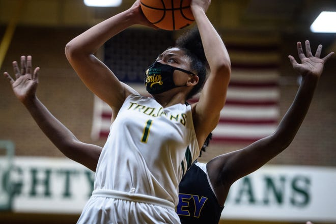 Montasia Jones, who averaged a double-double in her final season at Pine Forest, is set to play college basketball at Allen University.