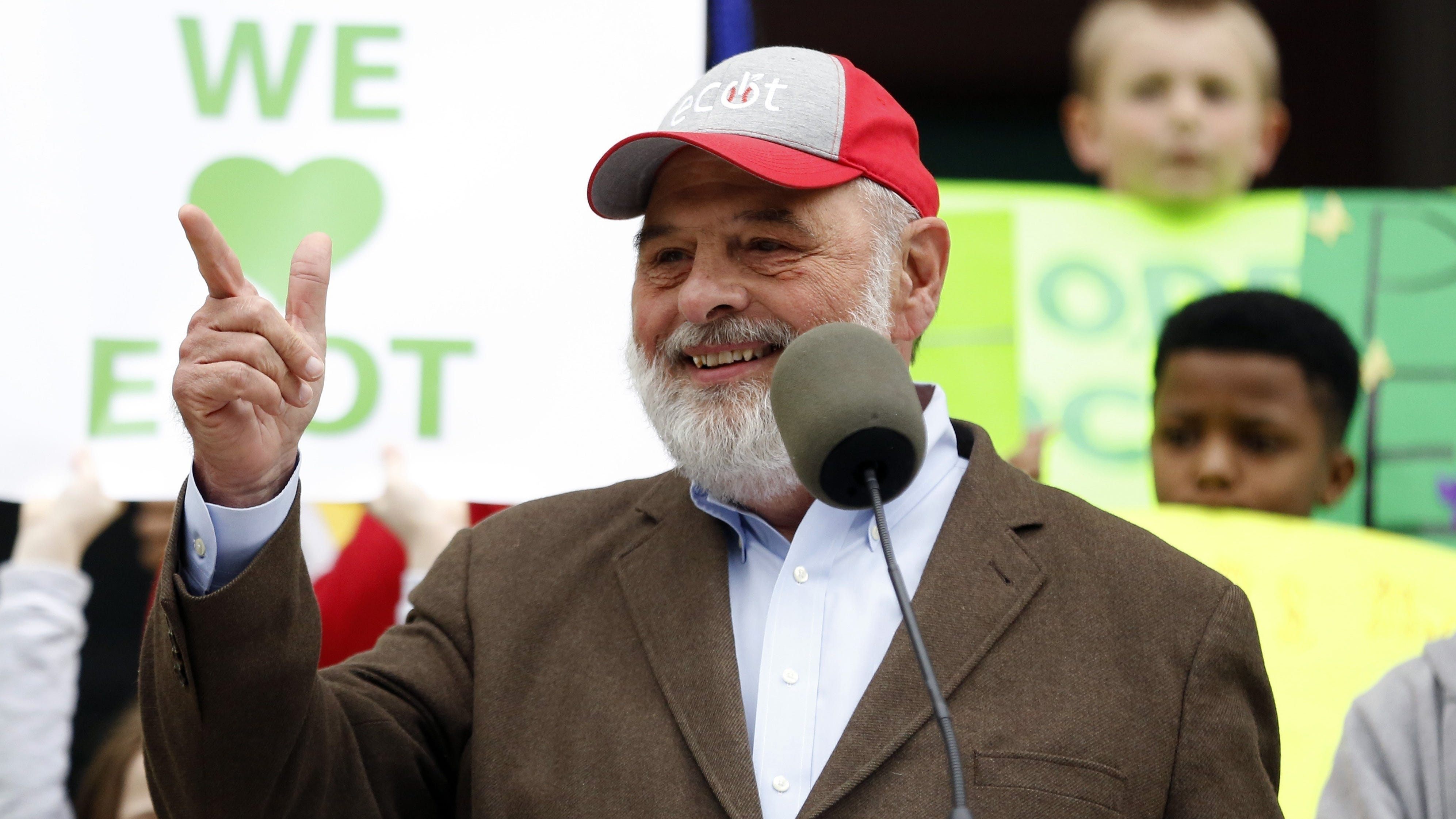 ECOT founder Bill Lager speaks at a 2017 ECOT rally at the Ohio Statehouse.
