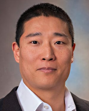 Carl Seon, M.D., an orthopedic surgeon at UPMC Hamot, continues his recovery from a double-lung transplant he needed after complications from COVID-19.