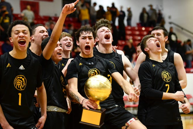 Seminole reacts to winning the Class 4A Area Championship game against Snyder in Slaton High School on Wednesday, Feb. 24, 2021, in Slaton, Texas. [Justin Rex/For A-J Media]