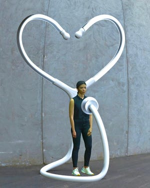 """""""Healing Heart"""", a sculpture built by Brazilian-born artist Rubem Robierb as an homage to healthcare workers dealing with the Covid-19 epidemic, will be part of the Kinetic Art Exhibit in Boynton Beach that begins March 6."""