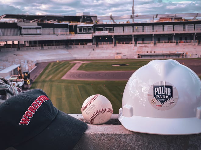 The Worcester Red Sox Baseball Club was approved for anentertainment license at Thursday's license commission meeting, that allowsfor live or recorded audio or visual shows to be displayed at Polar Park.