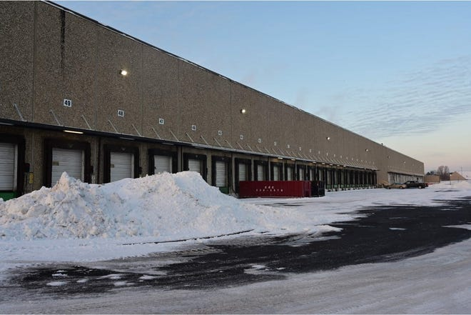 Canada-based KDC/ONE, a contract manufacturer and custom formulator of personal care and beauty products, will take over the former Kmart distribution center in Groveport's warehouse district at 4400 S. Hamilton Road. The $90 million capital investment project is expected to create approximately 200 new manufacturing jobs.