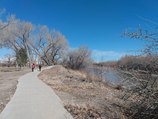A trail runs through Riverside Park in Aztec. The Farmington Metropolitan Planning Organization has discussed a potential trail connecting Aztec to Farmington.