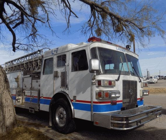 1995 Ladder Fire Truck in the City of San Angelo auction for 2021.