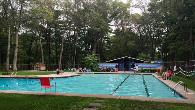 Finance Committee members are recommending the city pass on purchasing the Belknap Pool and Tennis Club.