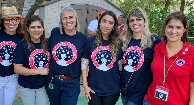 Dreamers Academy founder and interim principal Geri Chaffee (far right) with a group of local bilingual teacher volunteers. [Photo courtesy of Dreamers Academy]