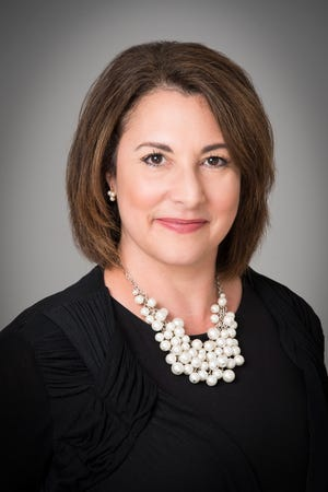 William Pitt - Julia B. Fee Sotheby's International Realty announced in early February that Heather Gagnon, manager of the firm's Old Lyme brokerage, has been named the company's 2020 Manager of the Year.