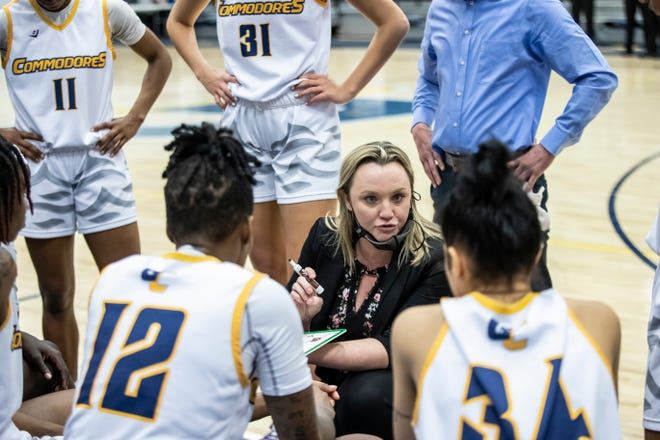 Commodores head coach Cayla Petree talks to her team during a timeout in the second half. Gulf Coast State College womenÕs basketball hosted Pensacola State Thursday, February 25, 2021.