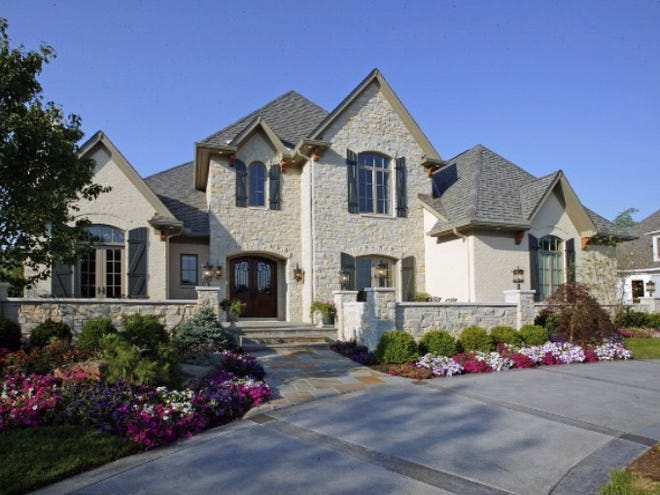 Hensley Custom Building Group says it is planning a luxury custom home to debut at Homearama 2022 in Loveland.