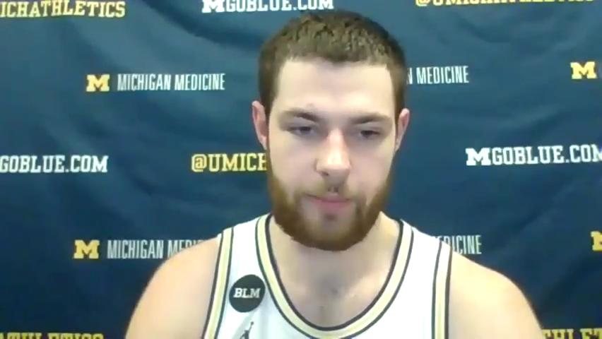 Michigan basketball's Hunter Dickinson takes us inside matchup with Iowa's Luka Garza