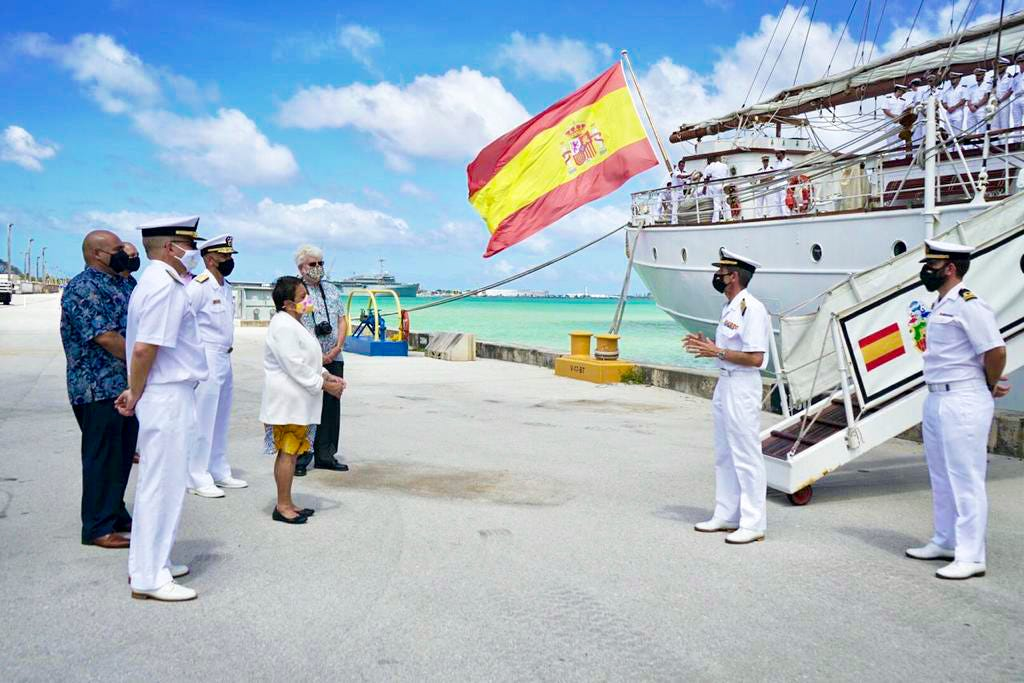 Spanish delegation provides plaque to Umatac