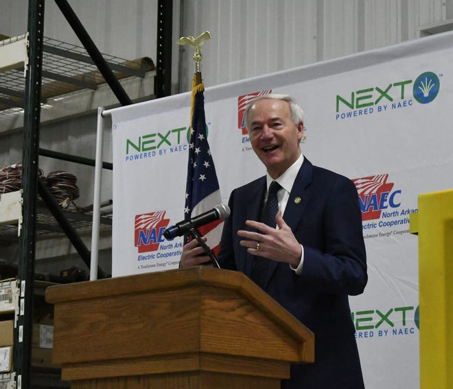 Gov. Asa Hutchinson talks on Friday about the importance of rural broadband internet service. The governor visited Mountain Home to announce that the Federal Communications Commission had awarded North Arkansas Electric Cooperative $27.5 million to expand its NEXT fiber-optic network.