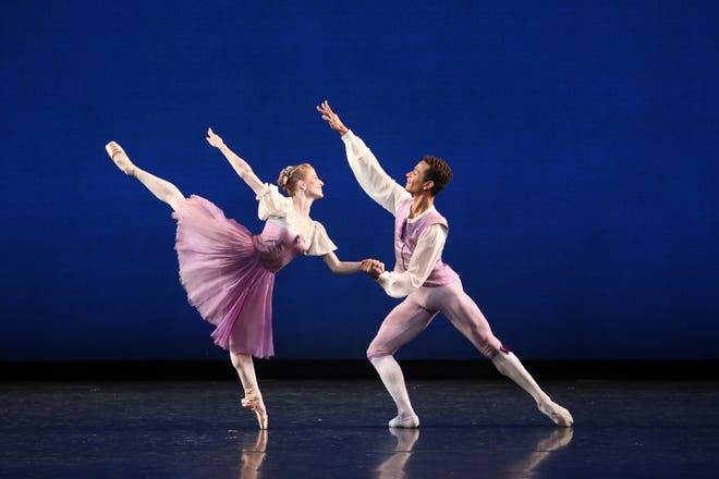 """Katelyn May and Yuri Marques are featured in The Sarasota Ballet production of George Balanchine's """"Donizetti Variations"""" in Digital Program 5."""