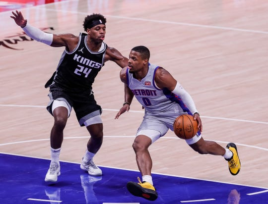 Dennis Smith Jr. dribbled against Kings bodyguard Buddy Hill in the first half.