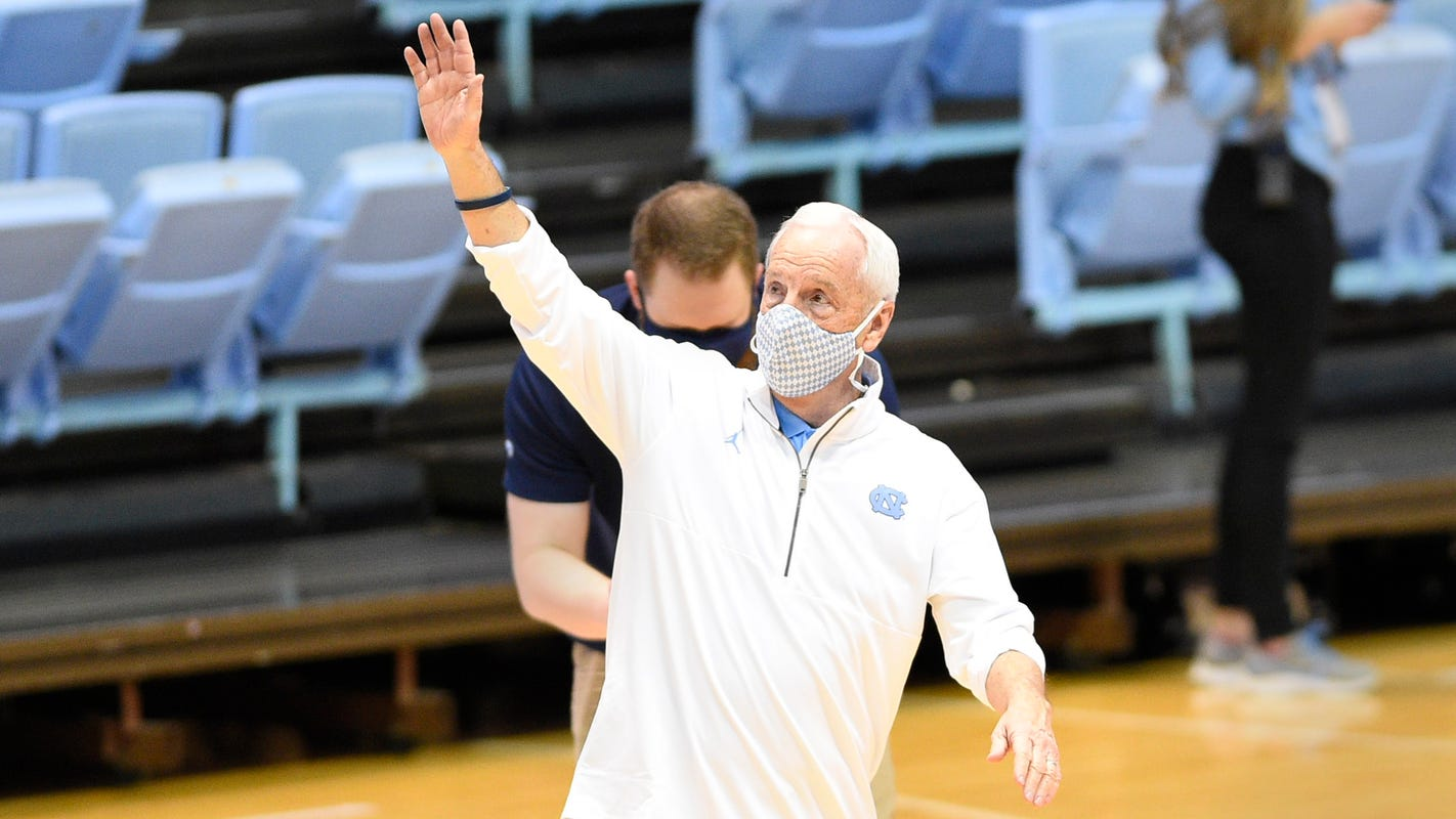 Roy Williams gets 900th career win as North Carolina upsets No. 9 Florida State