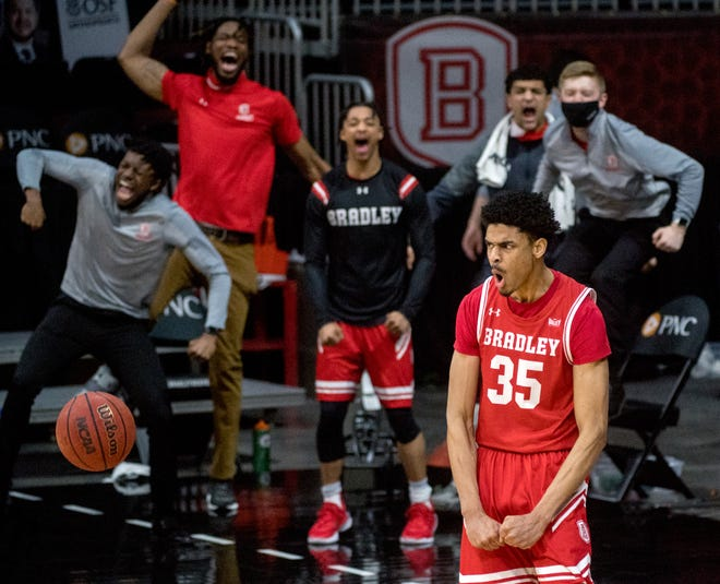 Bradley's Darius Hannah (35) and the Braves are scheduled to begin the Missouri Valley Conference season on Dec. 1 —the earliest league game in school history.