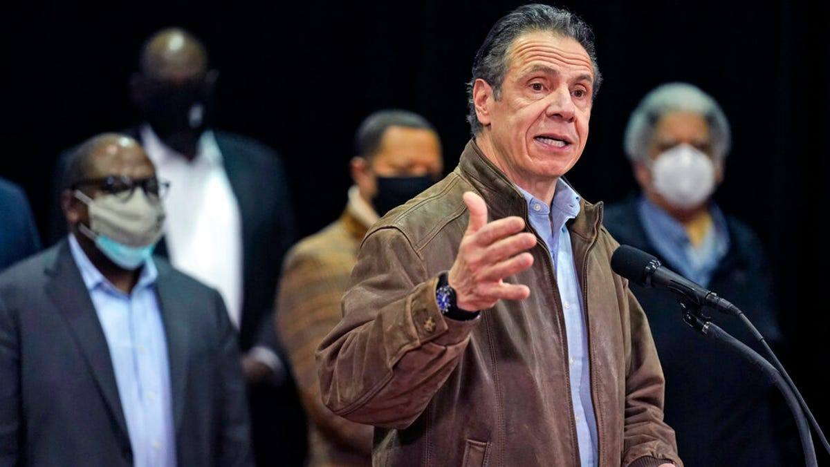 2nd former aide accuses Gov. Andrew Cuomo of sexual harassment 3