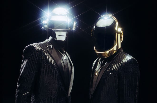 Daft Punk disbands after 28 years.