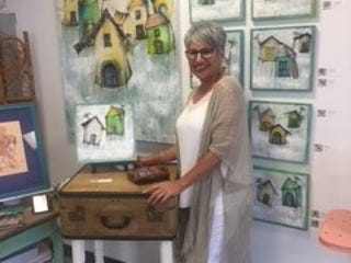 Wiregrass Art Gallery in Thomasville, Georgia, will be hosting a grand opening for their new location; it will be the home of many new and returning artists of the gallery, including Leslie Anderson.