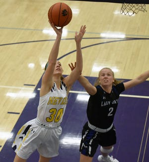 Junior forward Shelbi Hazlitt led Nevada in scoring at 11.7 points per game to help the Cubs post a winning 12-10 record in 2020-2021.