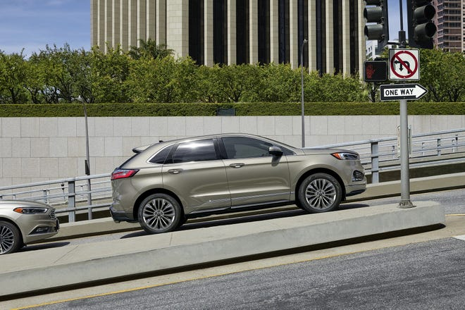 The 2021 Ford Edge gets its power from a 250-horsepower turbocharged 2.0-liter four-cylinder engine that delivers 275 pound-feet of torque.