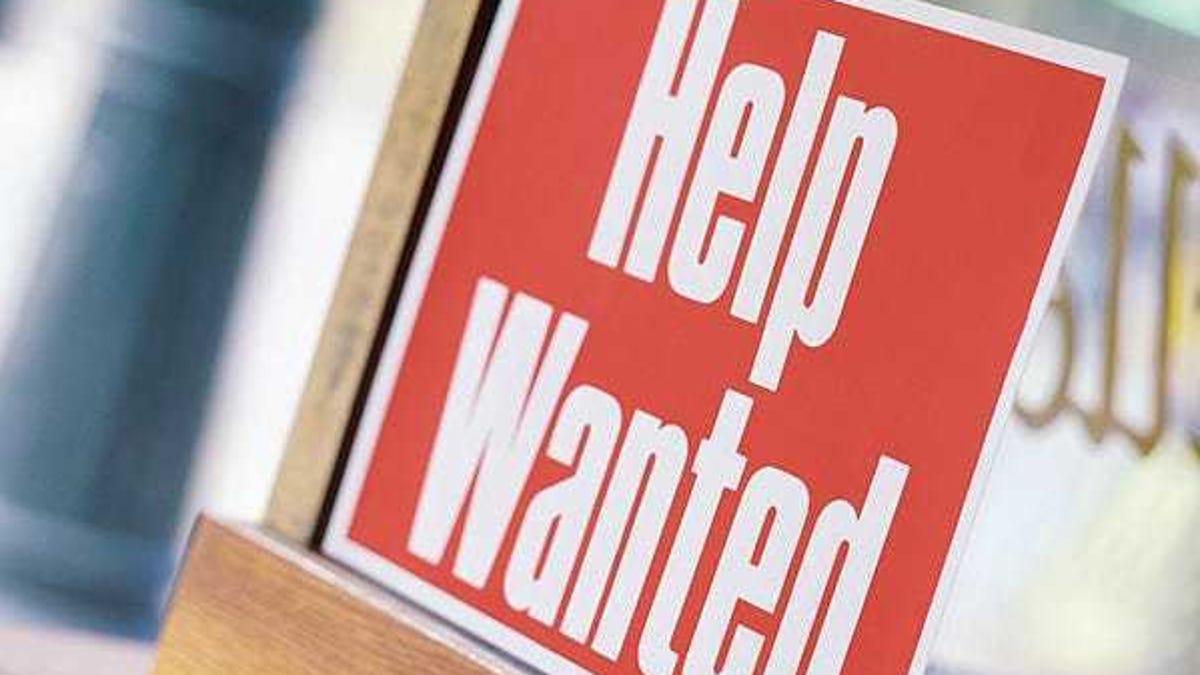 Mass. unemployment rate dips below 8%