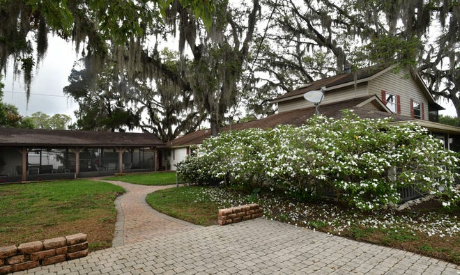 Rents trended upward in Sarasota for the seventh straight month in February.