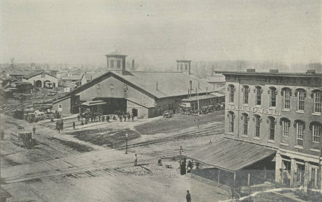 Columbus' first Union Station opened in 1851 along High Street, just north of the Columbus city limits at what is now Nationwide Boulevard.
