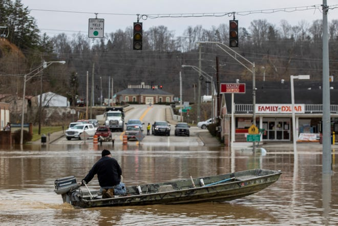 High water and flooding fills downtown Beattyville after heavy rains led waters to begin rising late Sunday evening. March 1, 2021
