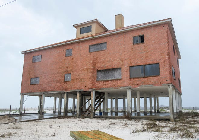 """The brick building known as the """"Turner House"""" remains abandoned at the end of Gulf Boulevard in Navarre on March 1, 2021."""