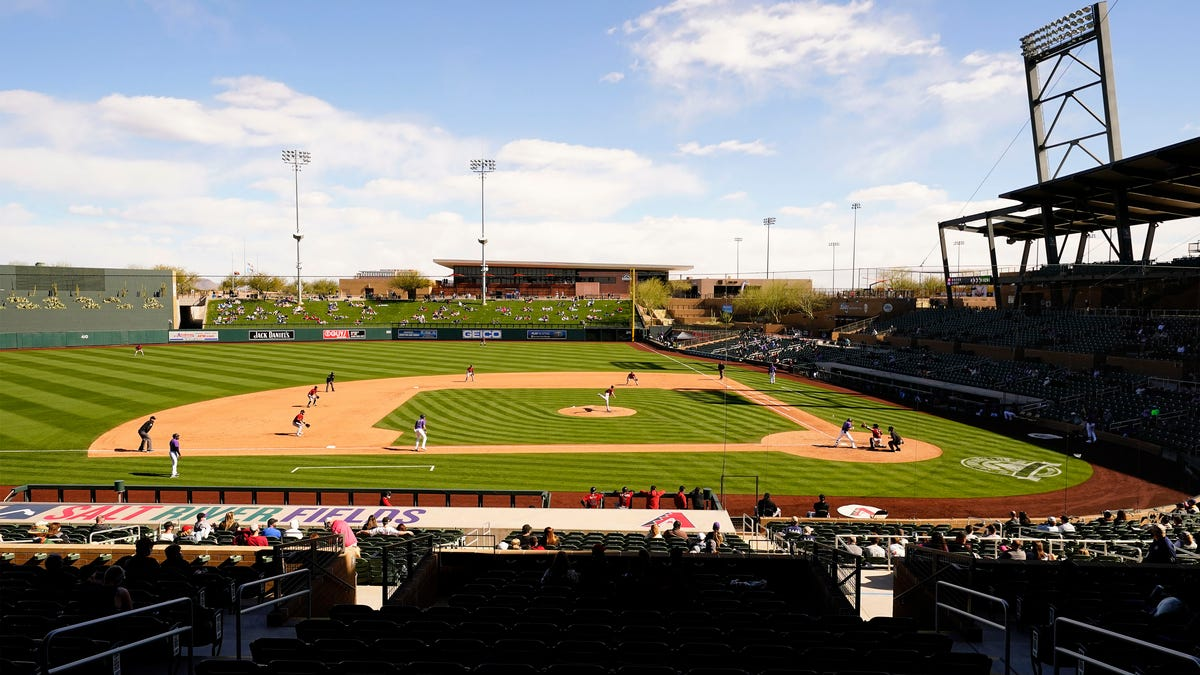 Sources: MLB to require vaccinations to participate in Arizona Fall League