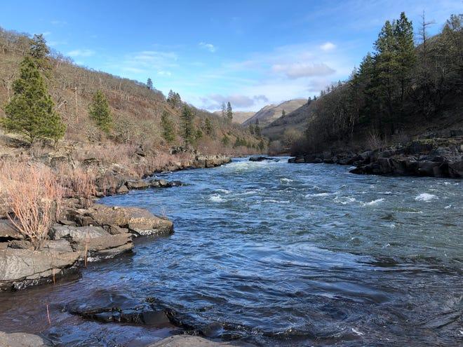 The Klickitat River