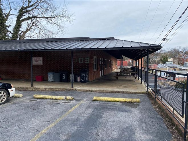 A plan to build apartments for Valley Supportive Housing Inc. tenants in a concrete building on Pump Street will receive a half-million dollar grant from the Virginia Housing Trust Fund.