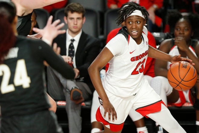 Georgia guard Que Morrison (23) moves the ball down the court during an NCAA women's basketball game between Vanderbilt and Georgia in Athens, Ga., on Thursday, Jan. 9, 2020. Vanderbilt won 63-55. [Photo/Joshua L. Jones, Athens Banner-Herald]