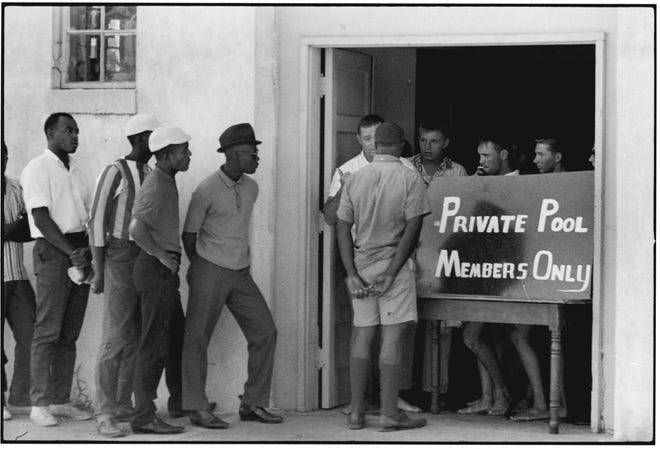 """A photo from the exhibit """"Danny Lyon: Memories of the Southern Civil Rights Movement"""""""