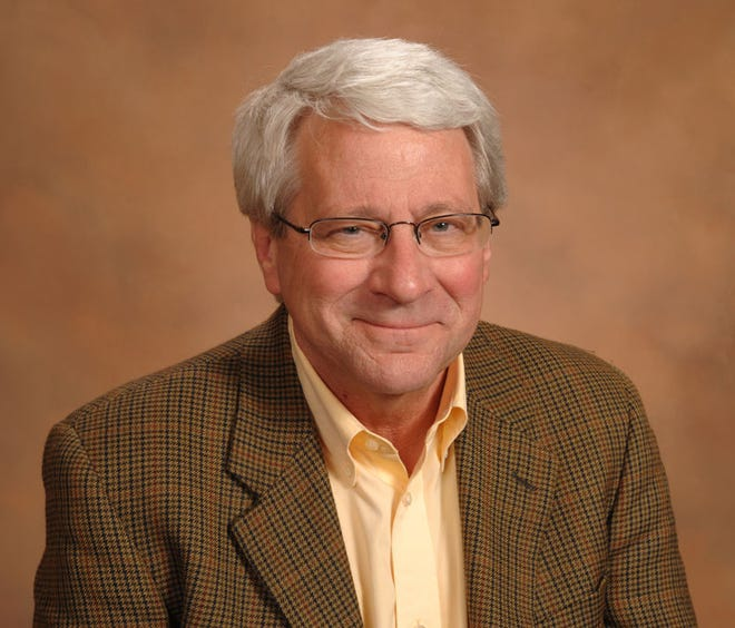 """David Suda, a Monmouth College professor widely acclaimed by his colleagues and former students as a """"Renaissance man,"""" died Feb. 27 at the age of 77 at his Sarasota, Florida, home."""