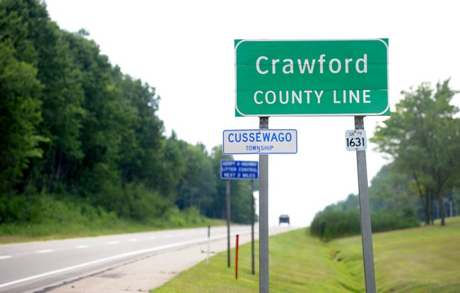 A sign introducing motorists to Crawford County on Interstate 79.