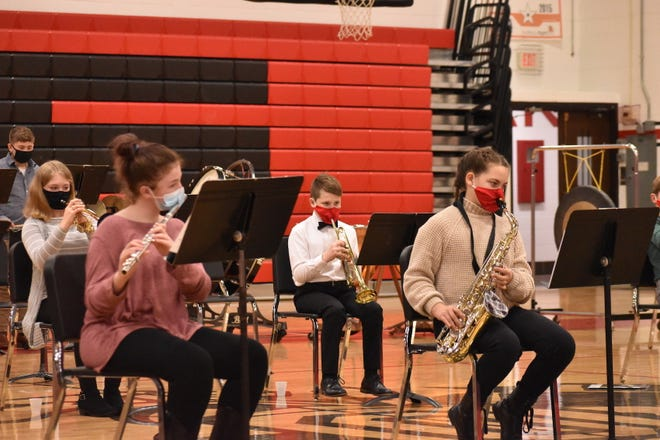 """Orion Middle School's cadet band for beginners plays """"Little Robin Redbreast"""" to show what they've learned this year. The cadet band made its debut on Tuesday, Feb. 23, in the all-district concert at Orion High School"""